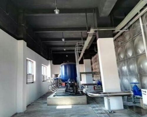 重庆欢乐谷600T水箱项目竣工